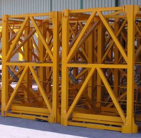 OEM Painted Hoist Tower Crane Mast Anti - Corrosion 2.4 x 2.4 x 5 m