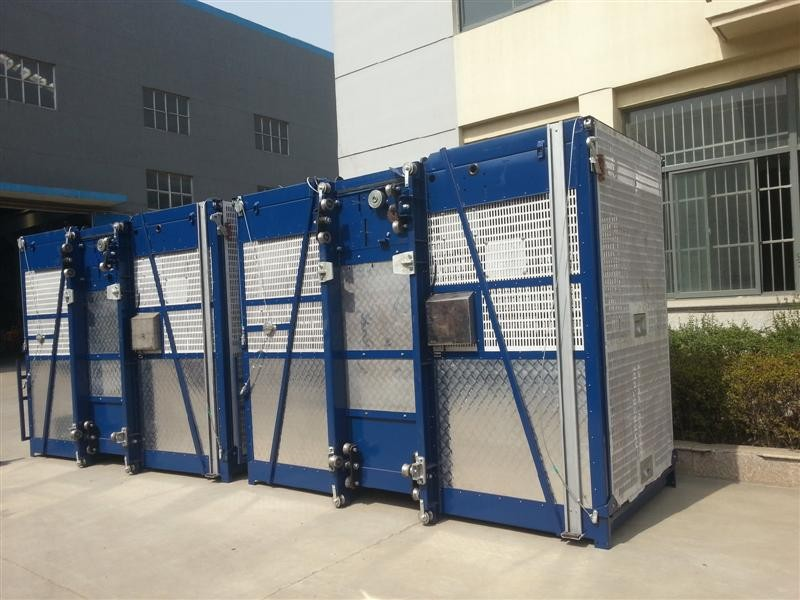 Hot Dipped Zinc Single Cage Hoist 380V 50HZ For Chemical Industries