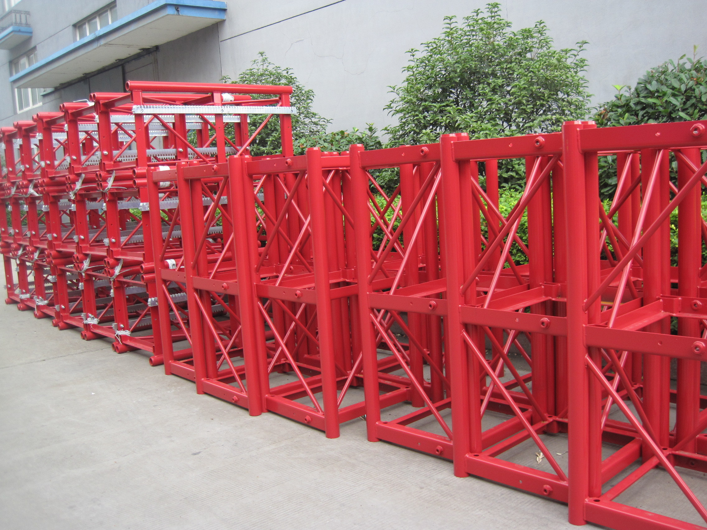 Construction Tower Crane Mast High Speed with Single Cage