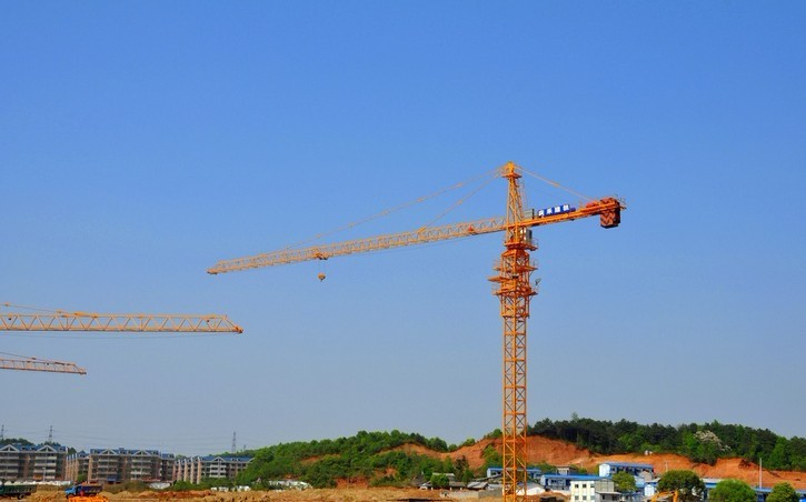 8 Tons Potain Tower Crane QTZ80(6010) with 60M Jib length And 125X125X12 Welded Square