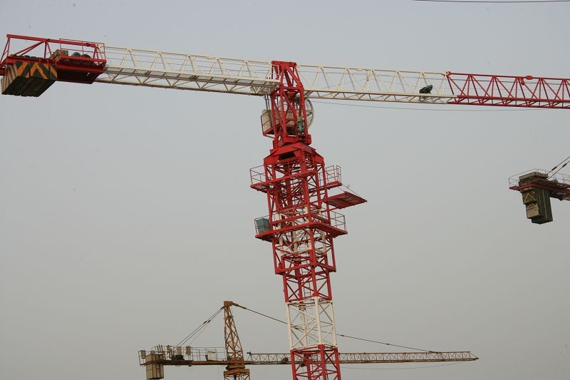 8 Tons Potain Tower Crane QTZ100(TC6012) / Luffing Crane with 125*125*12 Welded Square